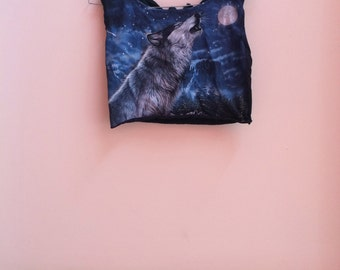 Wolf cropped top