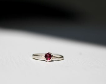 Natural Garnet and Fine Silver Ring