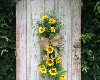 Sunflower Swag, Front Door Swag, Summer Swag, Summer Wreath, Summer Door Wreath, Summer Door Hanger, front door wreaths summer