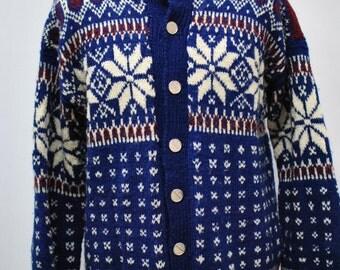 Vintage MEN'S PURE WOOL sweater ....