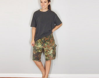 German Camouflage Distressed Cut Offs, Flecktarn Camo Cargo Shorts, Vintage Military Pants, Small Medium