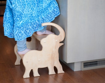 Wooden Elephant Stool; Bathroom Stool; Kids Kitchen Stool; Elephant Furniture; Elephant Nursery; Personalized Kids Gifts; Gift for Baby