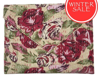 WINTER SALE - Tablet Sleeve / Clutch Bag - Red Rose Flower Pattern with Beige Background