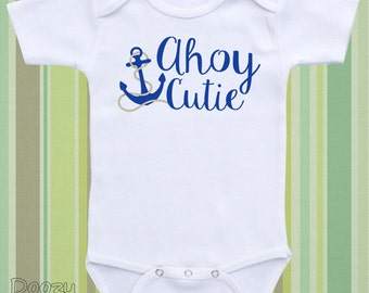 Sailor Baby Onesie ® Gender Neutral Baby Clothes Baby Boy Baby Girl Baby Shirt Baby Bodysuit Custom Baby Shower Gift / Ahoy Cutie