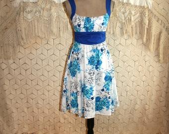 Cotton Party Dress Blue Floral Sundress Retro Summer Dress Garden Dress Full Skirt Dress Size 2 Size 4 XS Small Vintage Womens Clothing