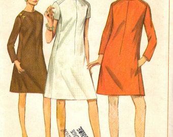 Simplicity 7292 Juniors and Misses Dress in Two Lengths Sewing Pattern