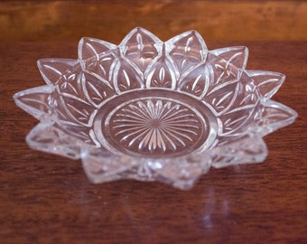 Vintage Faceted Glass Starburst Flower Candy Dish/Jewelry Dish/Serving Piece