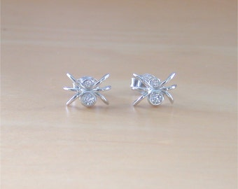 925 Crystal Zirconia Spider Earrings/Cz Spider Stud Earrings/Spider Jewellery/Spider Jewelry/Haloween Earrings/Spider Studs/Haloween Jewelry