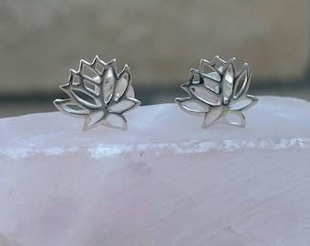 Small LotusFlower Post Earrings,Silver Lotus Earrings,Lotus Flower Earrings,Minimalist Earrings, Silver Post Earrings, Lotus Flower Earrings