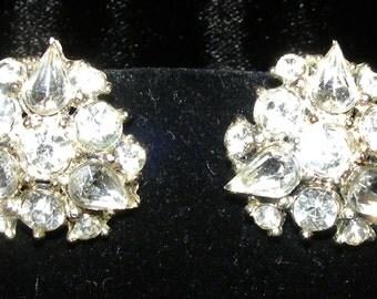 Vintage Rhinstone Floral design silver tone screw back earrings