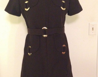 1960s brown mod dress with matching belt gold buckle detailing
