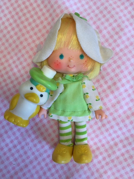 Strawberry Shortcake Doll Mint Tulip with Marsh Mallard 2