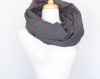 Upcycled Chunky Infinity Circle Scarf (colours: grey/red/black)