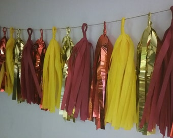 USC Trojans, 20 Tassel Tissue Paper Garland, USC Football, Football Decorations, Poms, Balloon Tassels, Tassel Garland, Red and Gold, Poms