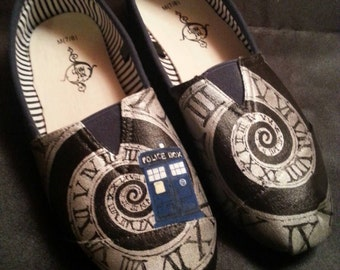 Hand Painted Doctor Who Shoes - Tardis/Clock Opening