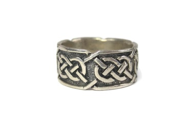Vintage Sterling 9mm Celtic Knot Band Ring Size 7