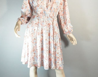 Peasant Girl Dress// 70s Peach Dress// Festival Dress