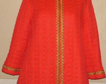 Vintage Quilted Robe Red Gossard Artemis 12 M Gold Trim Zip Front Made in USA Nylon Housecoat