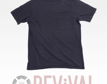 Vintage Basic Pocket T Shirt ~ Size XS