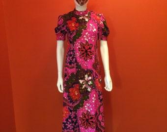1960s' Vintage Psychedelic Abstract Medallion Maxi Hawaiian Bark Cloth Dress
