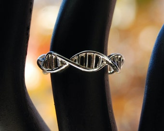 DNA Ring Silver Science Ring Biology DNA Helix Molecule Geek Biology Jewelry Serotonin Ring Geekery Fashion Chemist B
