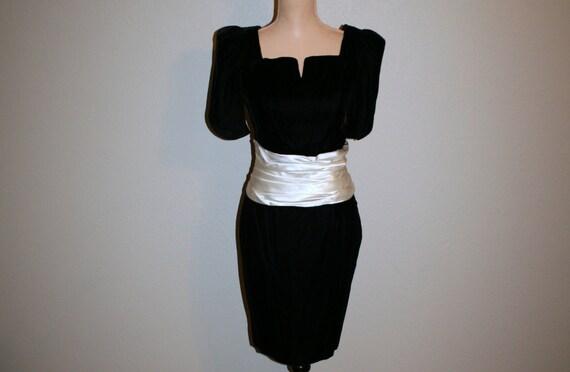Schwarzen Cocktailkleid samt Partykleid V zurück Abendkleid