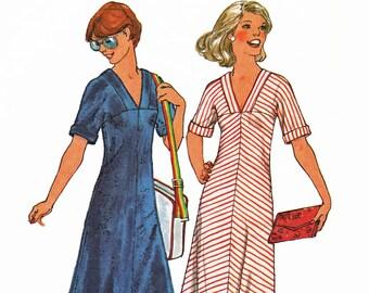 1970s V Neck Dress Pattern Knit Maxi Dress Sewing Pattern Simplicity 7968 Bust 36 UNCUT