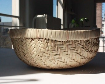 """Round Storage  Basket. African Braided Style, Handmade with Straw. 12""""x 6"""" Ethically Made in West Africa. Inc free world tracked ship"""