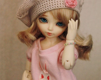Crocheted Baret Hat for Tiny 1/8 BJD