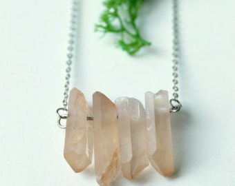Denebola - Pastel peach quartz necklace
