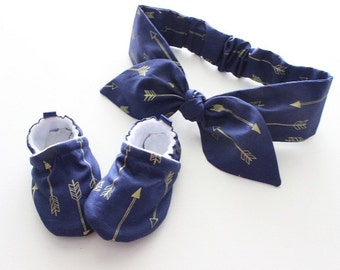 navy with metallic gold arrows -  Soft Sole Baby Shoes and baby headband set - great gift idea!
