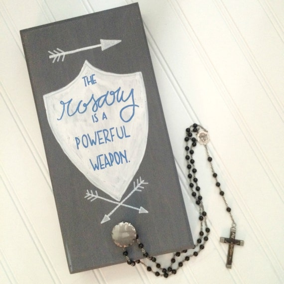 Shield and Arrow Rosary Hanger with Knob