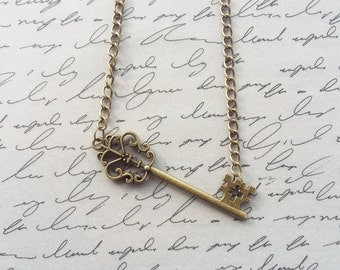 Skeleton Key Necklace, Steampunk Key Necklace, Key Jewelry, Bronze Jewelry, Bronze Necklace, Steampunk Necklace, Steampunk Jewelry