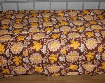 Amazing vintage Coverlet Bedcover Bedspread Blanket with retro floral pattern in brown, orange and white. Made in Sweden Scandinavian