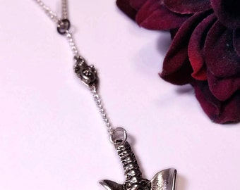Silver necklace with Pendant in the shape of human basin