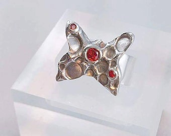 Ring silver 999 Butterfly set with Zircon Red