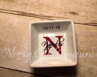 Customizable ring dish, Wedding ring dish, Personalize ring dish,Small Monogrammed Ring Dish, Ring Holder, Jewelry Holder