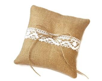 Burlap ring pillow,Wedding Ring Pillow, Pillow for rustic wedding