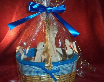 Ostrich Collector's Gift Basket with Multiple Ty Stretchy the Ostriches