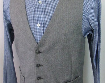 Men's Vintage Wool TWEED Vest ~ 38 ~ HERRINGBONE Waistcoat ~ Hunting wedding suit ~ S
