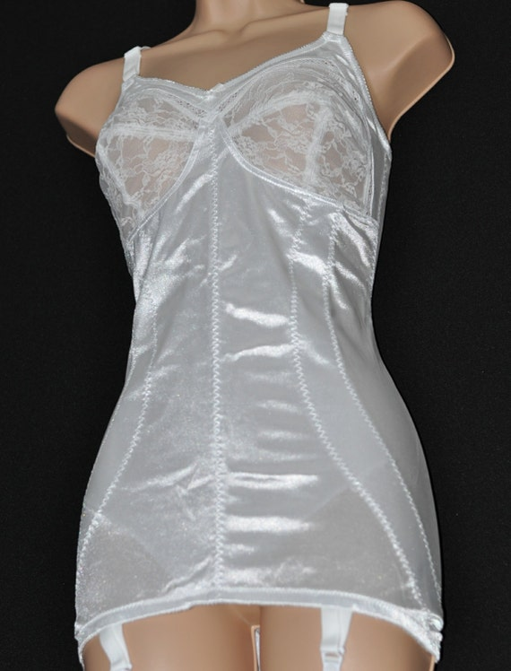 Beautiful silky controlling sissy corselet / open bottomed girdle (OBG), 40B, silky white, Sissy Lingerie for cd/tv