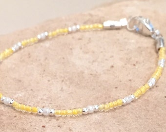 Yellow and ivory Matsuno glass seed bead bracelet, sterling silver bracelet, seed bead bracelet, boho bracelet small bracelet, gift for her