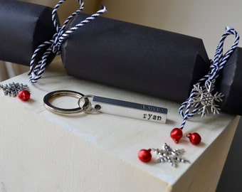 Personalised Christmas crackers with aluminium bar keyring- luxury christmas crackers- personalised keyring-personalised christmas present
