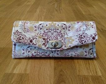 Handmade Tri-fold Wallet with Zipper Pocket