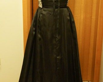 Black & White Formal gown with vintage silk bodice  SIZE 10-12