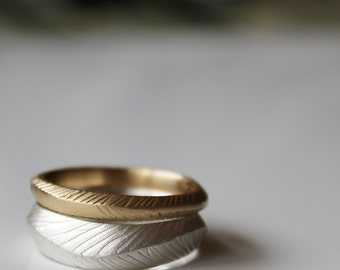 Feather Stacking Ring Gold WEDDING feather ring Silver WEDDING Feather ring Wedding Bands Rustic Wedding Ring Stacking Ring set Gold Stack