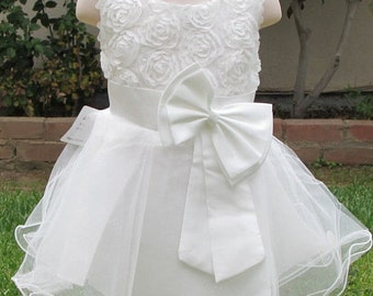 Free Shipping Weddings Beautiful White Colors Girls Rose Flower Dress