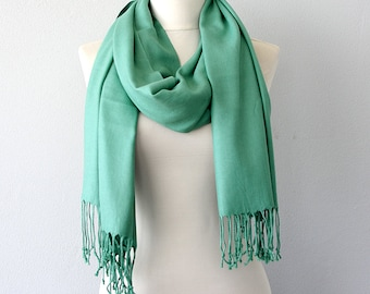 Pashmina shawl Mint green scarf Thick Pashmina wrap Fringe shawl Plain shawl Autumn fall accessories Solid color shoulder scarf