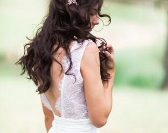 Bridal hair combs, pearl headpiece, flower headpiece, floral bridal headpiece FLEUR