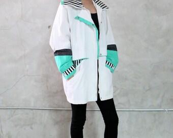 anorak jacket,  80s  minimal white, green, black polka dot, dotted, zip front jacket, coat, womens medium m